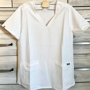 NWT FIGS CASMA WHITE LIMITED EDITION SCRUB TOP